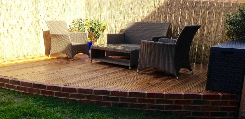 Garden decking specialists and installers in stockton for Garden decking middlesbrough