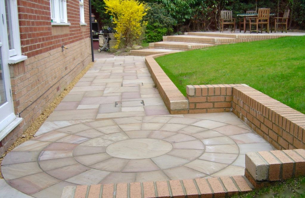 Patios,Paving, Sandstone Patio, Steps, Paving, Paved area, Garden Landscaping, Stockton,Darlington, Middlesbrough, Teesside, Marton, paving installers, patio design, brick work, brick walls,