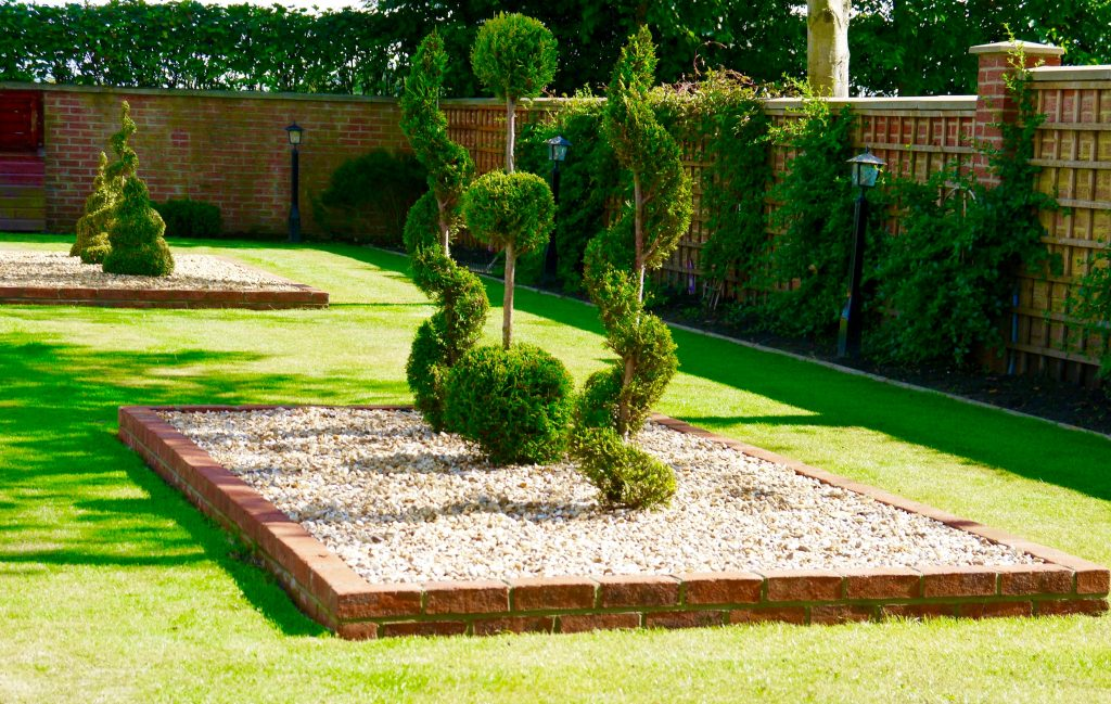Soft landscaping in stockton on tees planting shrubs for Soft landscaping ideas