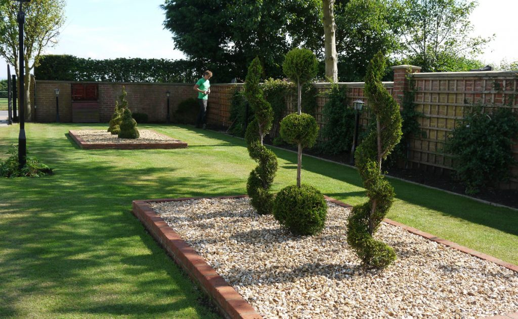 landscaping, landscape design, landscape gardeners, North east, raised beds, gravel, topiary, garden design, soft landscaping, turfing, decking, composite decking, timber decking, creative garden design, trellis, Green Onion Landscaping, Stockton, darlington, Middlesbrough, County Durham, Tees Valley,