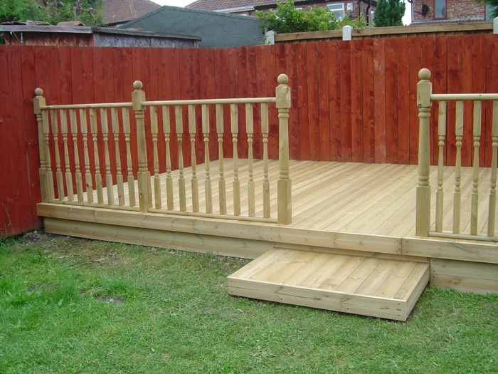 Raised Decking Area In Middlesbrough Green Onion Landscaping