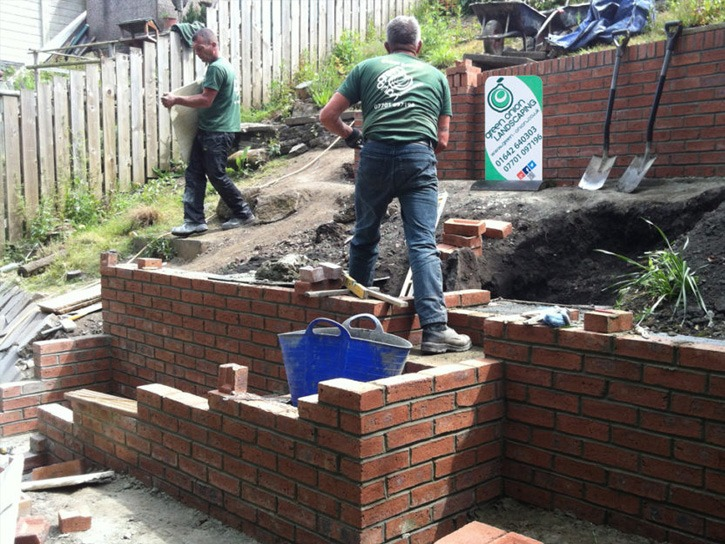 Brickwork, brick wall, bricks, brick match, construction, garden wall, garden design, landscaping, landscaper, Green Onion Landscaping, North east, Teesside, Stockton, Middlesbrough, Darlington, County Durham,North Yorkshire , pointing,