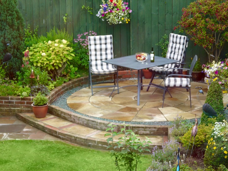 Patios- paving-block paving-patio area-permeable paving-driveway installers Stockton-on-Tees-local installer