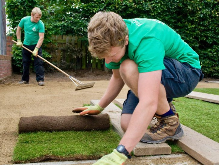 Turfing, turf, turfed lawn, grass, turfed lawn, Rowlawn, turf layers, turf removal, supply turf, sell turf, landscapers, landscaping, landscape gardener, County Durham, North Yorkshire, Stockton, Middlesbrough, Darlington, Green Onion Landscaping