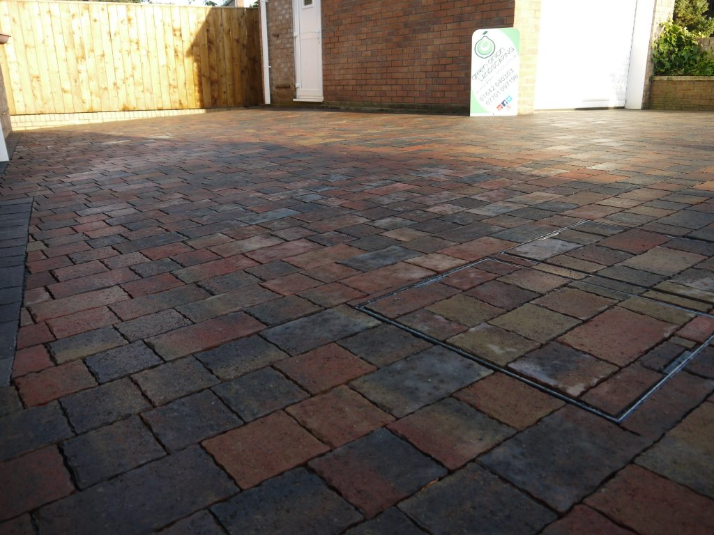 Driveway, Block Paving,Permeable Blocks,Stockton, Fairfield, Middlesbrough,Darlington, Teesside, County Durham, flood defence, Fairfield