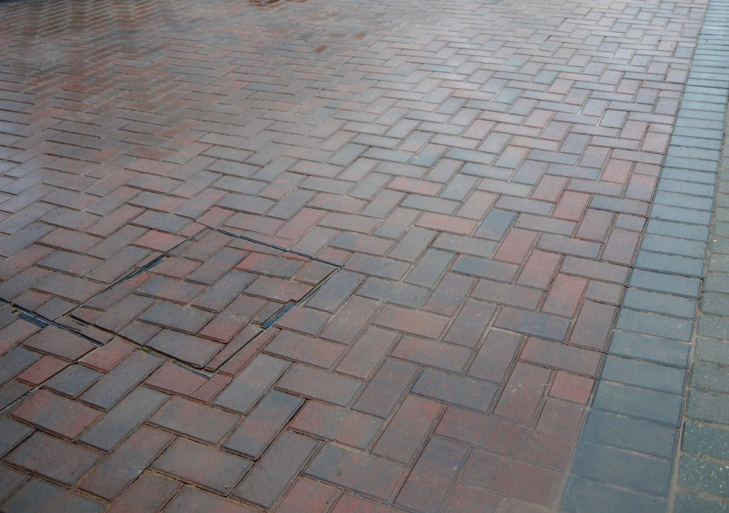 Driveways and Block paving, Drive, Drives, Paving, Blocks,Green Onion Landscaping, Darlington,Stockton, County Durham, Middlesbrough, herringbone paving, driveways