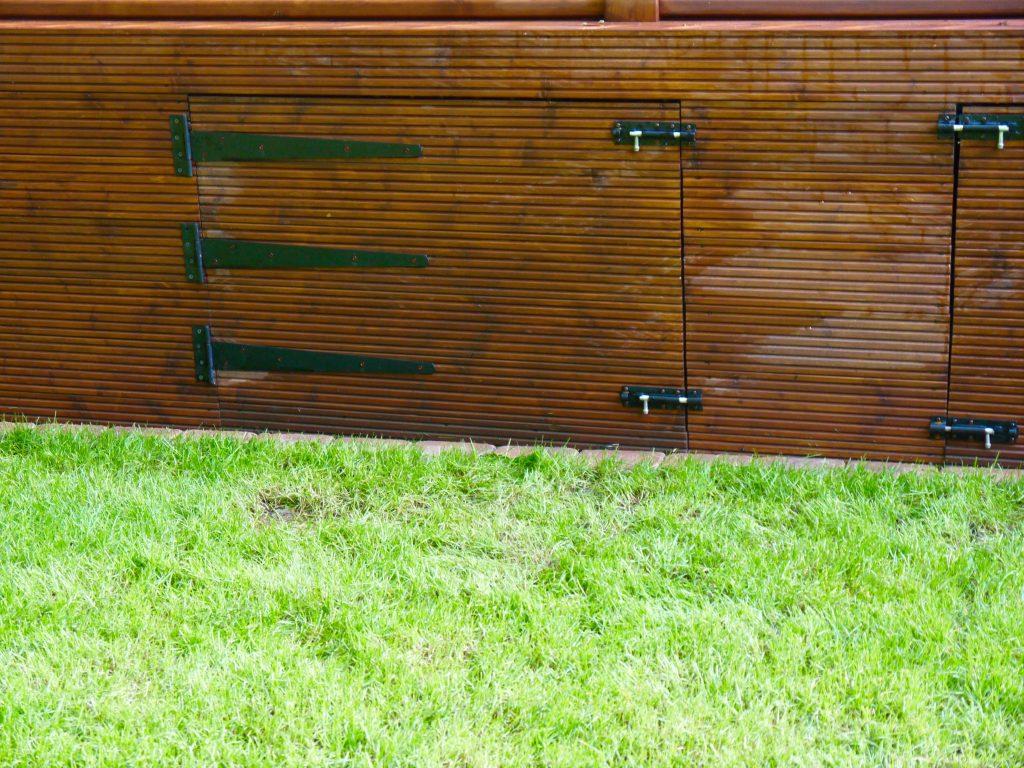 garden-storage-built-in-storage-hidden-storage-garden-design-landscaping-landscapers-decking-installers-stockton-middlesbrough-darlington
