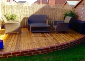 curved decking, decking, deck, gardens decking area, landscaping, turfing, brickwork, Stockton, Wynyard, Ingleby Barwick, Norton, Teesside, Yarm, Stainton, Stillington, Green Onion Landscaping, Patios, paving, drives, drainage, flowers, trees, shrubs, hedges