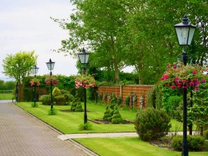Landscaping, Green Onion landscaping, Landscapers Teesside, Teesside, Tees Valley, North Yorkshire, Durham, Stockton, hartburn, Fairfield, Norton, Stainton, Wynyard, turfing, decking, fencing, water features, hanging baskets, turfing, drainage, garden maintenance, lawns, hedges, patios, paving, drives, driveways