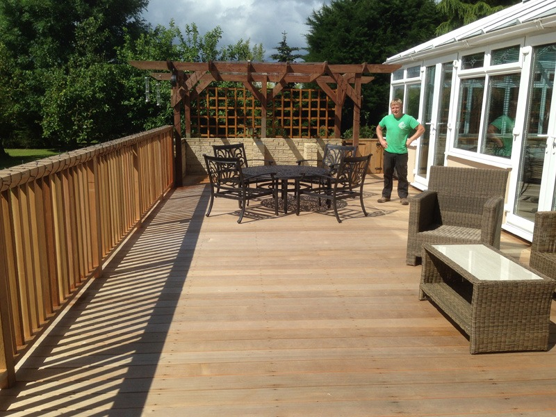 hard, and , soft, landscaping,cedrawood,decking,Green,Onion,Landscaping, Stockton landscapers, decking specialists, Darlington