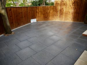 Contemporary patio design, Tobermore flags, patio area, alfresco dining, sleek, modern, patio area, paved area, paving, landscaping, landscapers, Teesside, garden design, Green Onion Landscaping